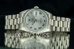 Pre-Owned Rolex Day-Datem18239