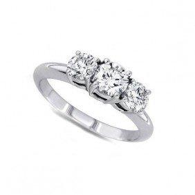 1.00 ctw Round cut Three Stone Diamond Ring