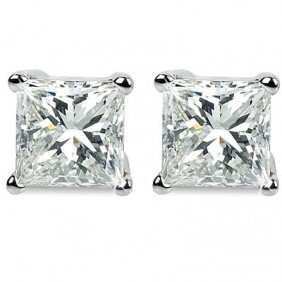 2.00 ct Princess cut Diamond Solitaire Ring