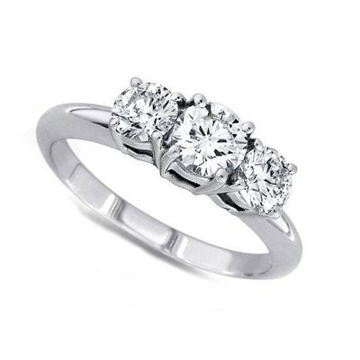 2.50 ctw Round cut Three Stone Diamond Ring, G-H, SI2