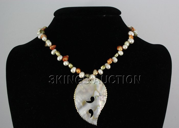 "186.79CTW 18"" WHITE-GREEN-ORANGE FRESHWATER CAPIZ PENDA"