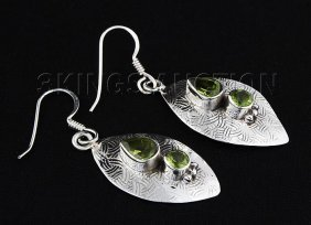 2.20CT Peridot Unique Design .925 Hook Earring 4.84g