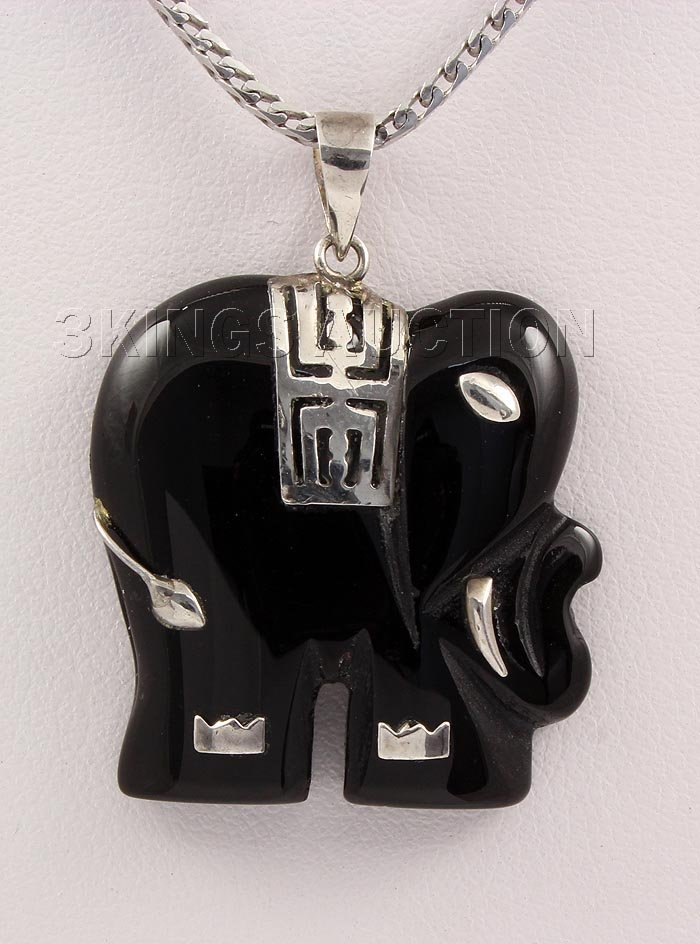 26.42CTW BLAKC JADE ELEPHANT 14KGP SILVER PENDANT