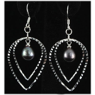 Natural 4.43g Pearl Dangling Sterling Silver Earring