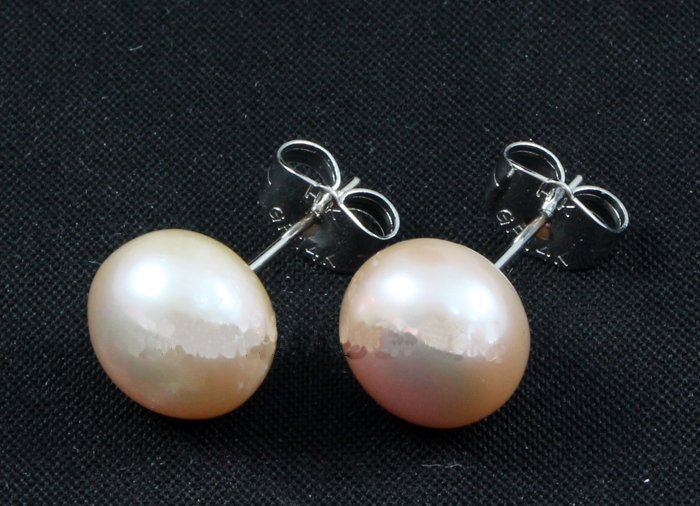 15.1CTW LAVENDER SIOPAO EARRING PHILIPPINES