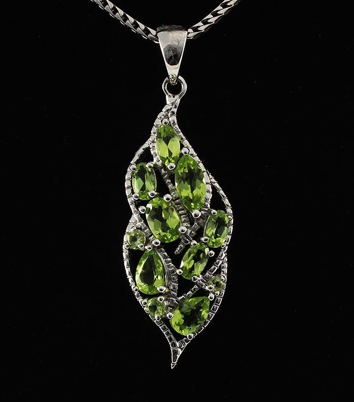 3.40CTW Natural Peridot Sterling Silver Pendant 3.82g