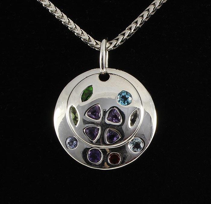 4.75gram Round Silver Pendant w/ Multi Color Stone