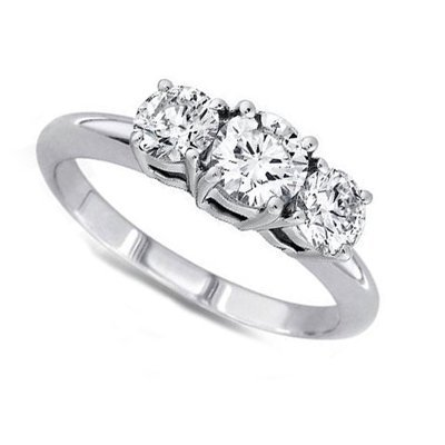 1.50 ctw Round cut Three Stone Diamond Ring, G-H, VS
