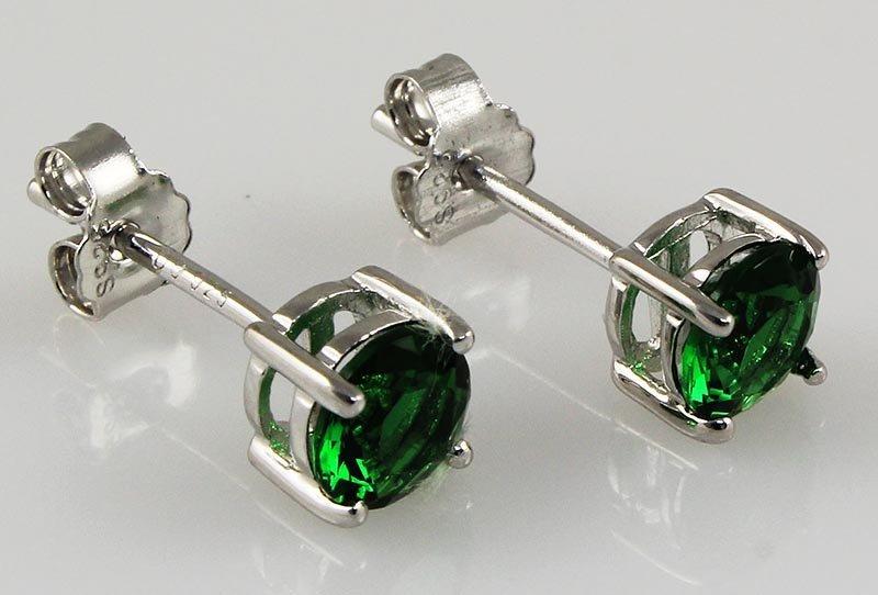 Green Tsavorite 1.00ctw Silver Stud Earring 0.50g
