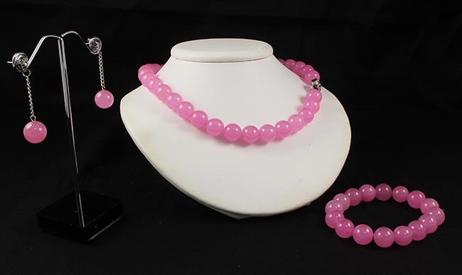 Handknotted Baby Pink Jade Necklace Set Jewelry