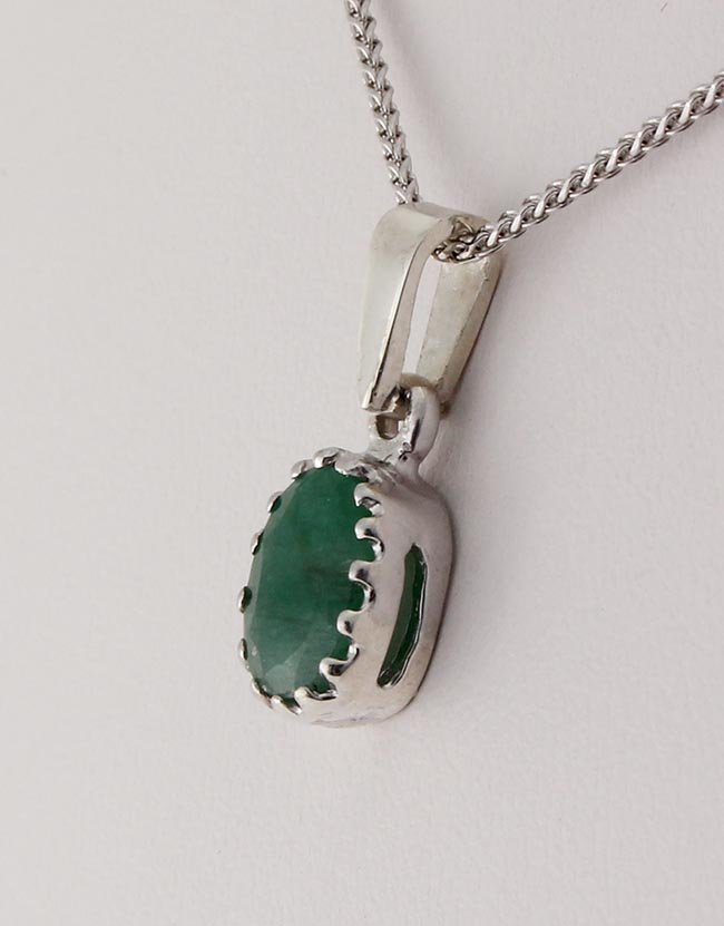 Sterling Silver Prong Set Pendant with Emerald Beryl