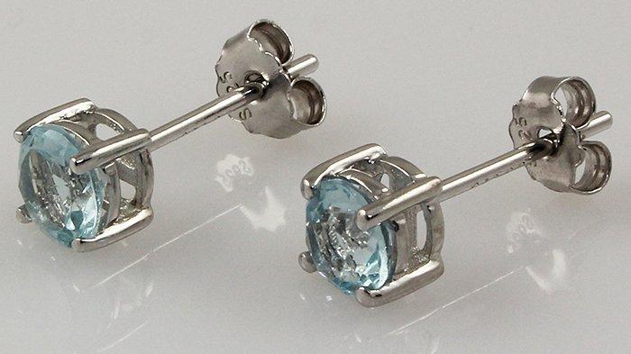 Sky Blue Topaz Gem 1.20ctw Silver Stud Earring 0.71g