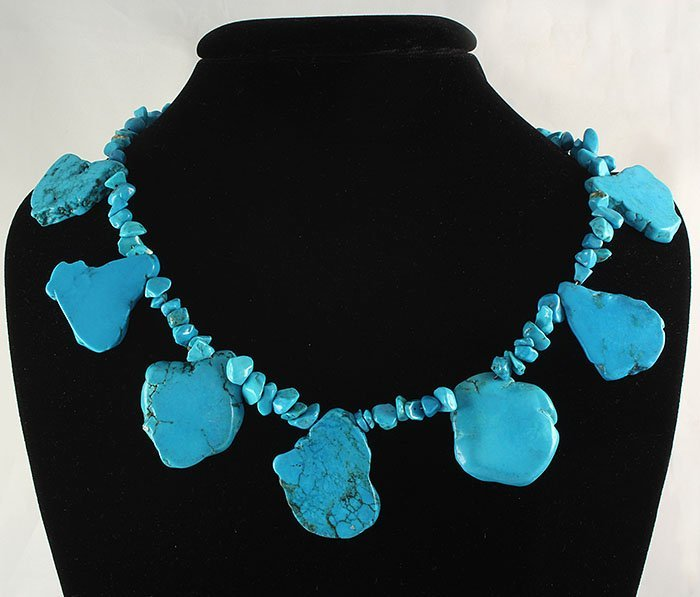 Beautiful Chunky Slab Turquoise Necklace 98.70 grams
