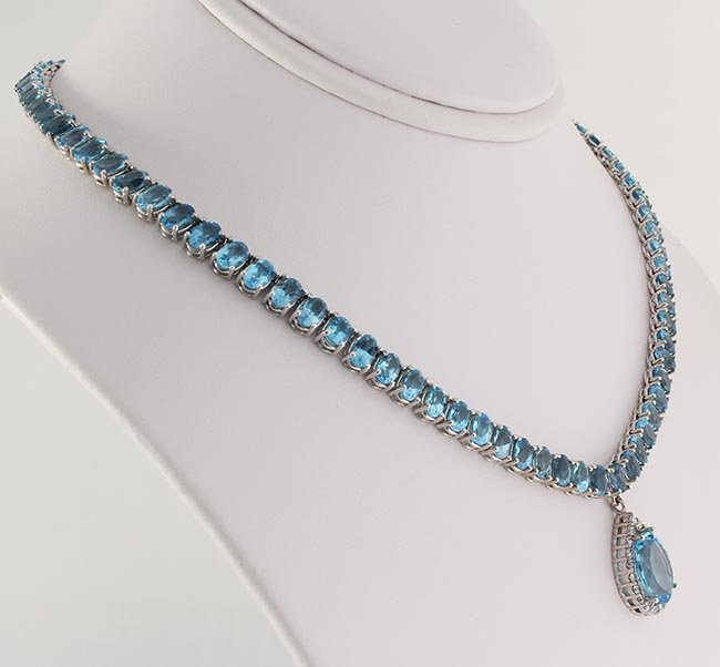 55.70 Ctw Natural Blue Topaz & Diamond Necklace 10kt