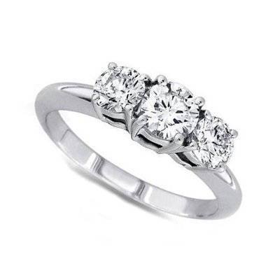 2.00 ctw Round cut Three Stone Diamond Ring, G-H, VS