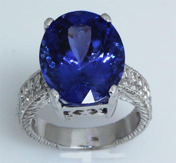 12.76 carat Natural Tanzanite Oval Ring 10kt