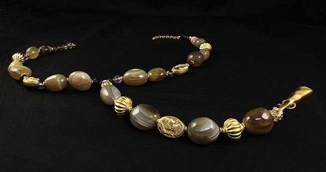 Natural Stone Agate Cabochon Handmade Necklace