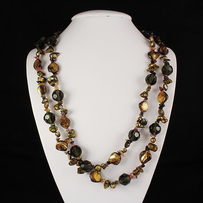 Flat Mother of Pearl & Bold Round Cyrstal Long Necklace
