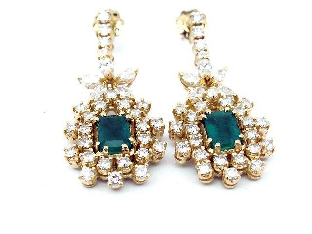 Lady's 14k Yellow Gold Earrings