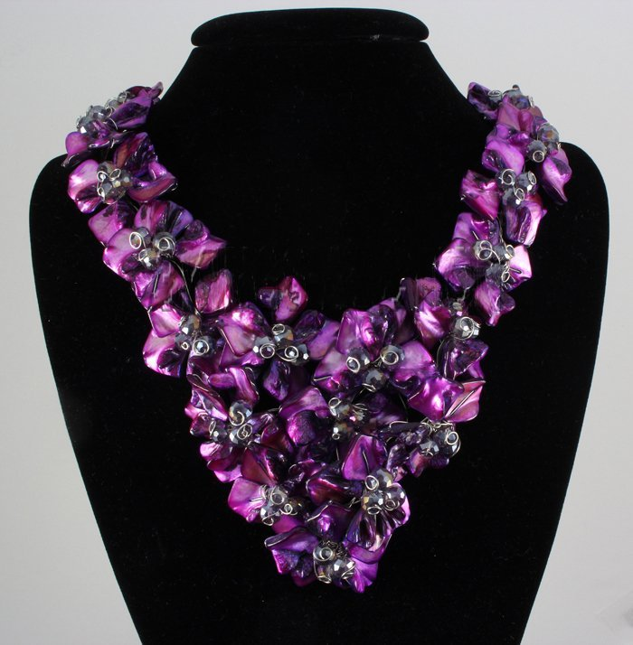"1308CTW 16"" BAHAMA PURPLE MOTHER OF PEARL NECKLACE META"