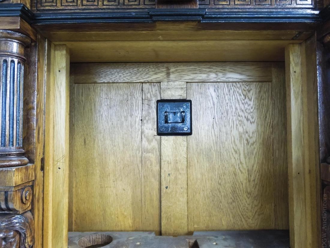 George Jones Astronomical Regulator Clock in Herter - 5