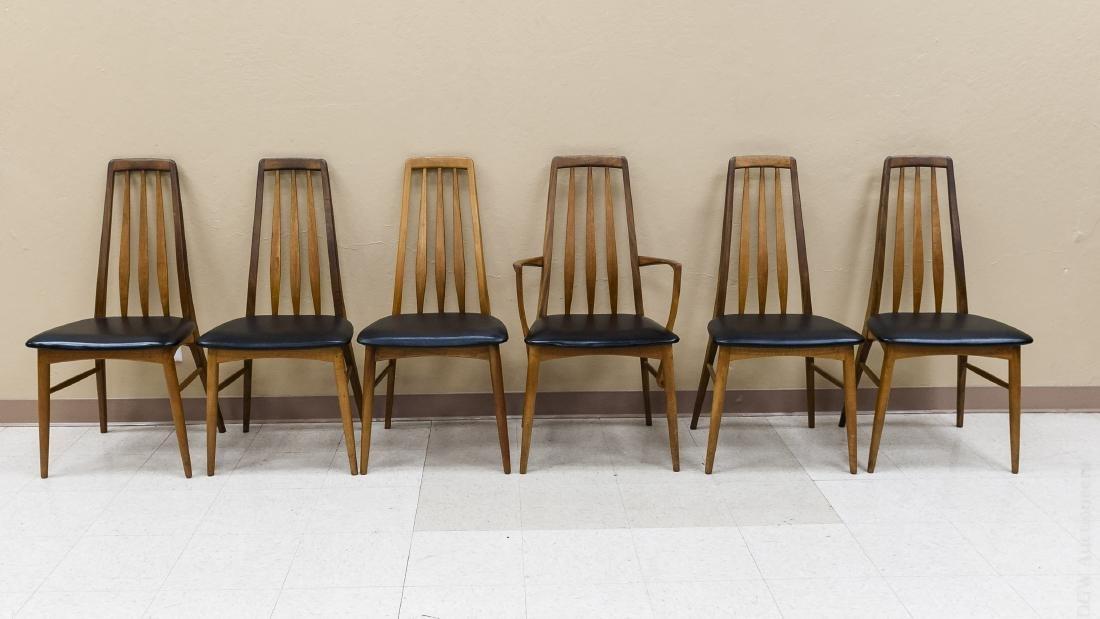 Teak Draw Leaf Table w/ 12 Danish Teak Chairs. - 5