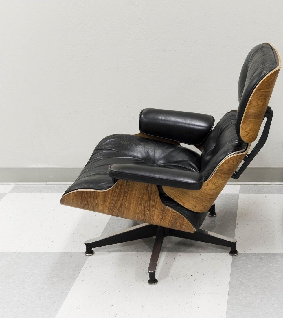 Herman Miller Lounge Chair and Ottoman. - 3