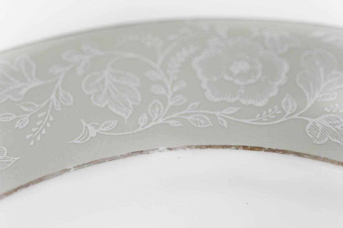 "Royal Worcester ""Mirage"" Porcelain Dinner Service. - 4"