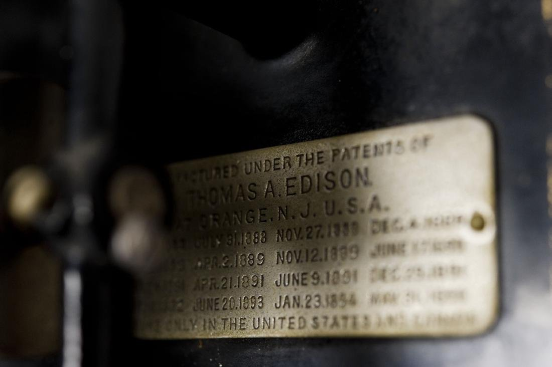 """Edison """"Suitcase"""" Gramophone, Polyphone Reproducers. - 4"""