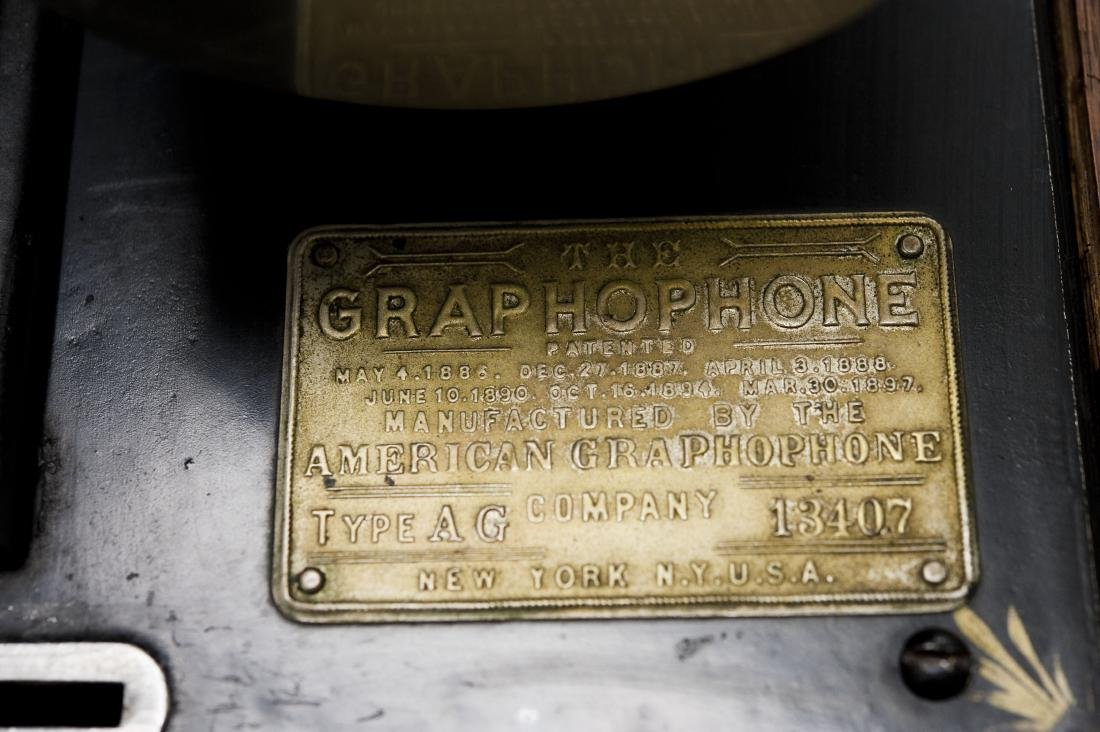 American Phonograph Co. Type AG Graphophone. - 5