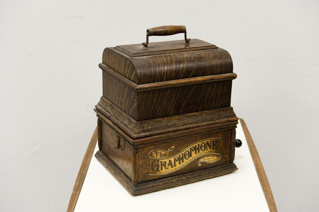 American Phonograph Co. Type AG Graphophone. - 7