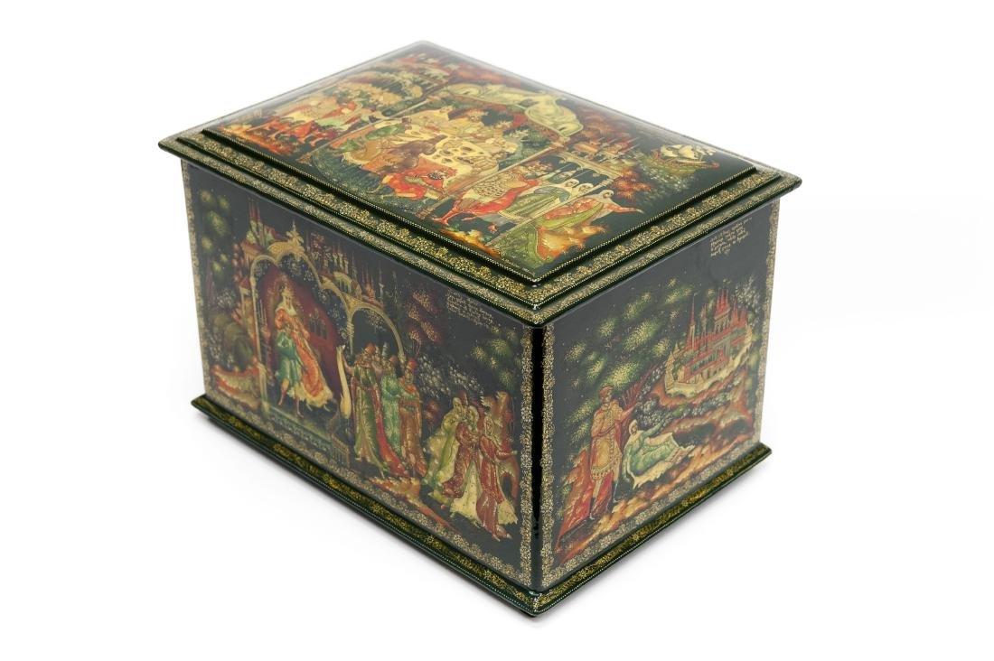 Kraikin Palekh Russian Lacquer Large Box. - 2