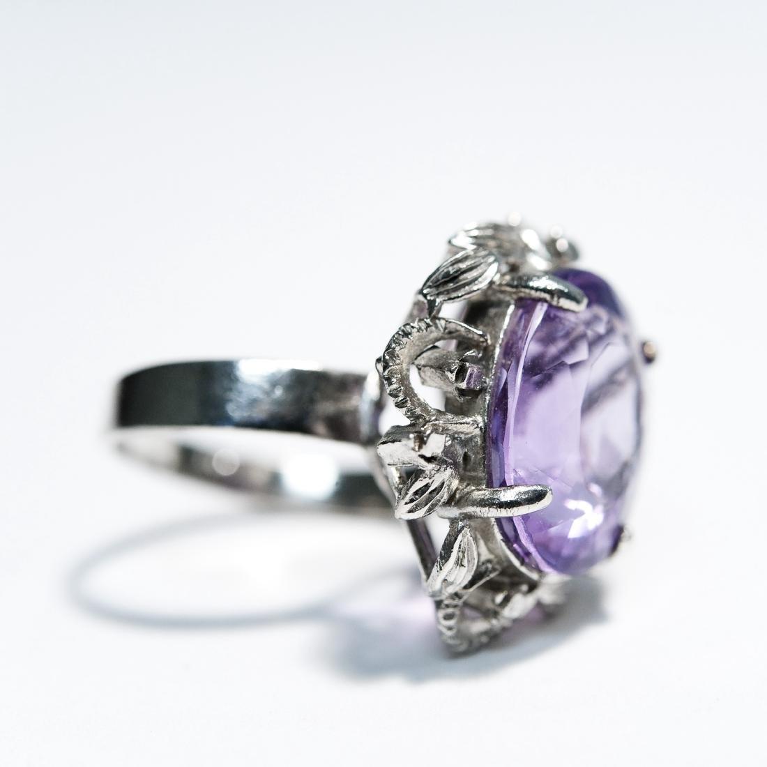 14K White Gold & Amethyst Ring. - 3