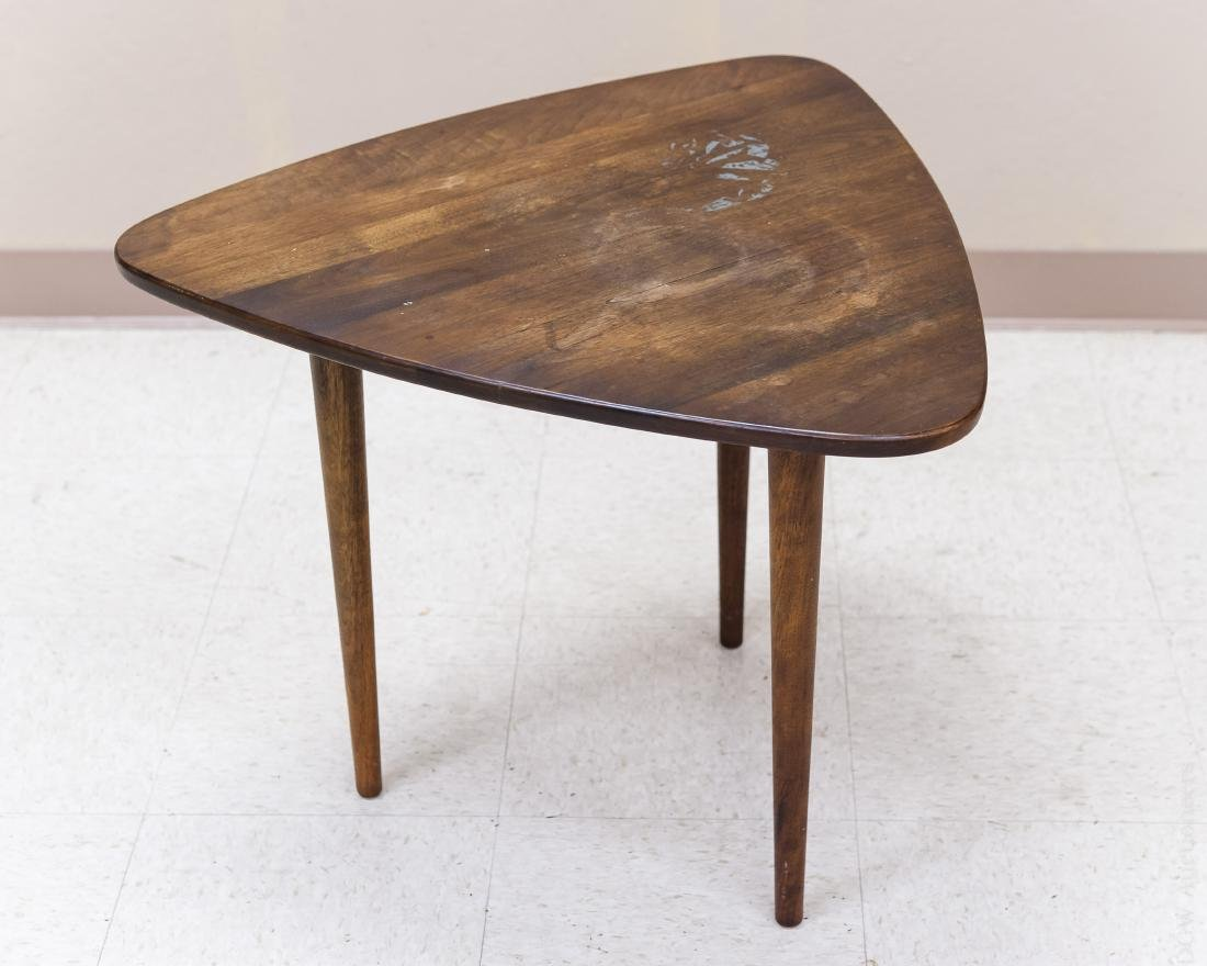 Jens Risom Design Walnut Side Table. - 2