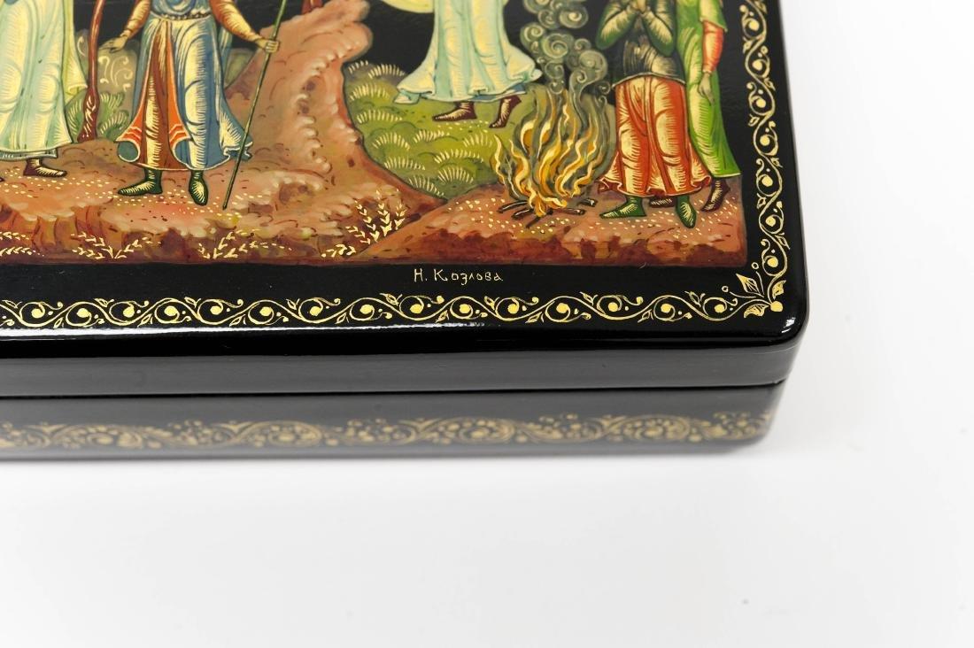 Kuzlova Palekh Russian Lacquer Box. - 4