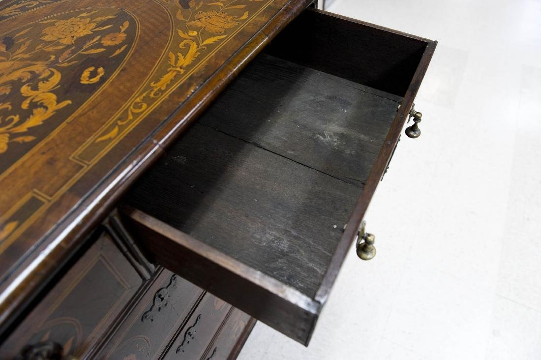19th C. Mahogany and Fruitwood 5-drawer Chest. - 3