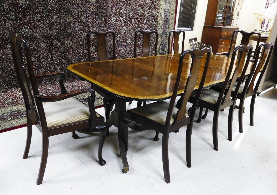 Federal Style Mahogany Dining Table with Chairs.
