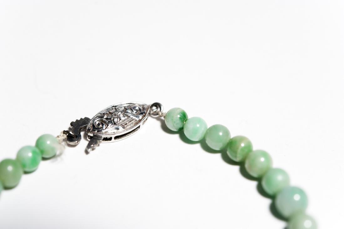 Single Strand Green Hard Stone Bead Necklace. - 4
