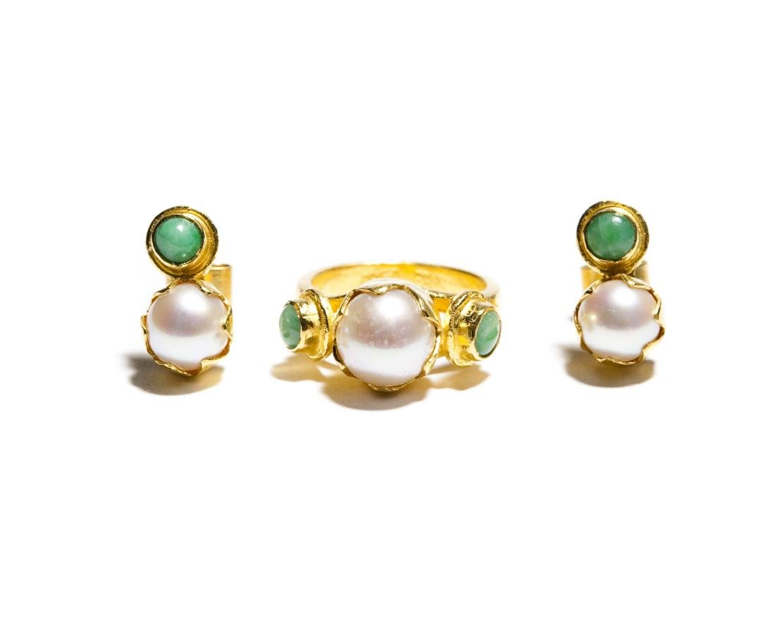 Chinese Gold, Jade And Pearl Ring & Earrings.
