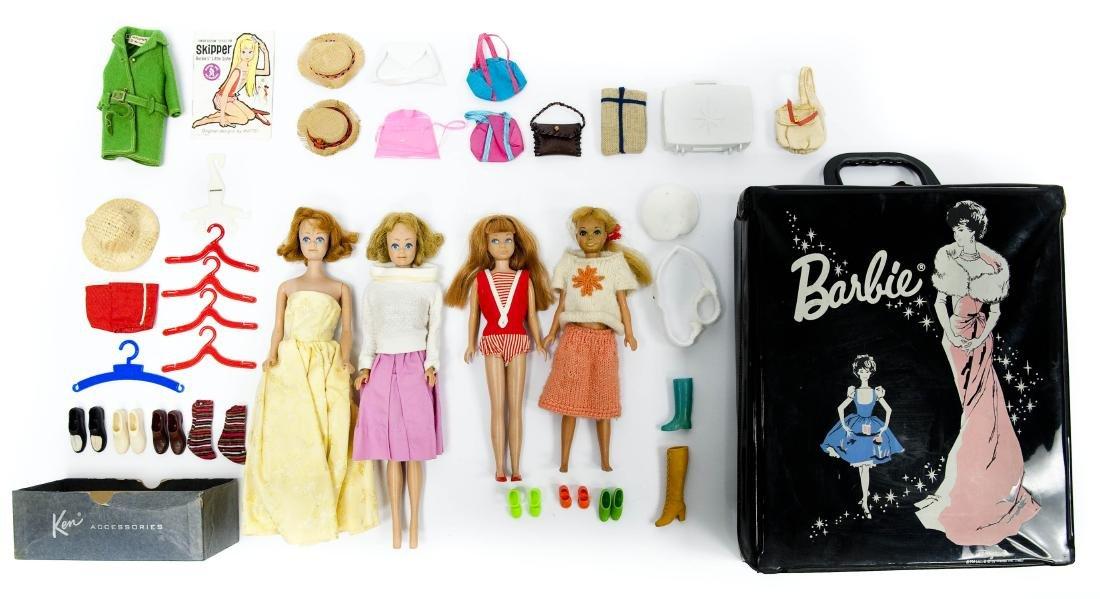 1962 Barbie Doll Case & 4 Barbie & Skipper Dolls.