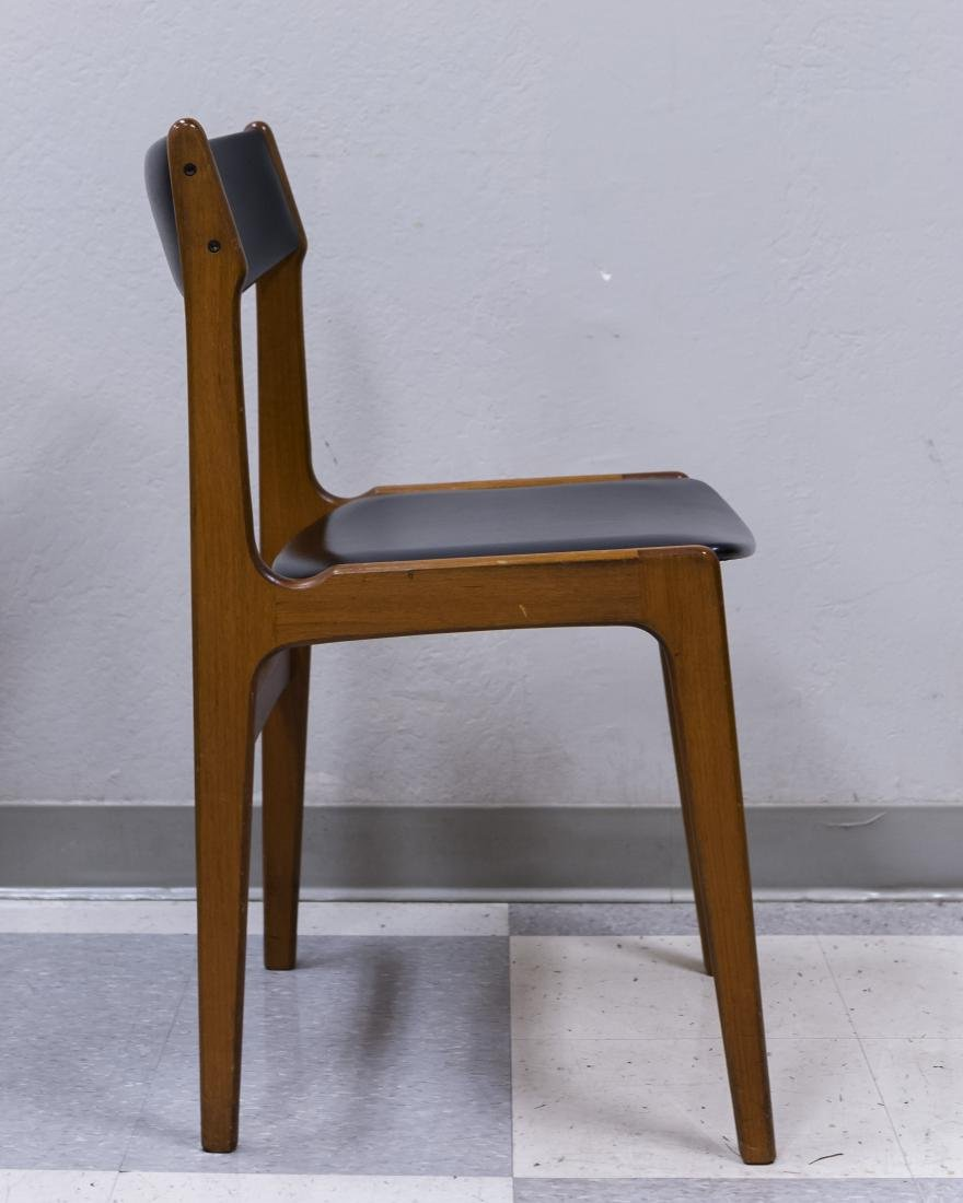 Mid 20th C. Modern Dining Table and 4 Chairs. - 12