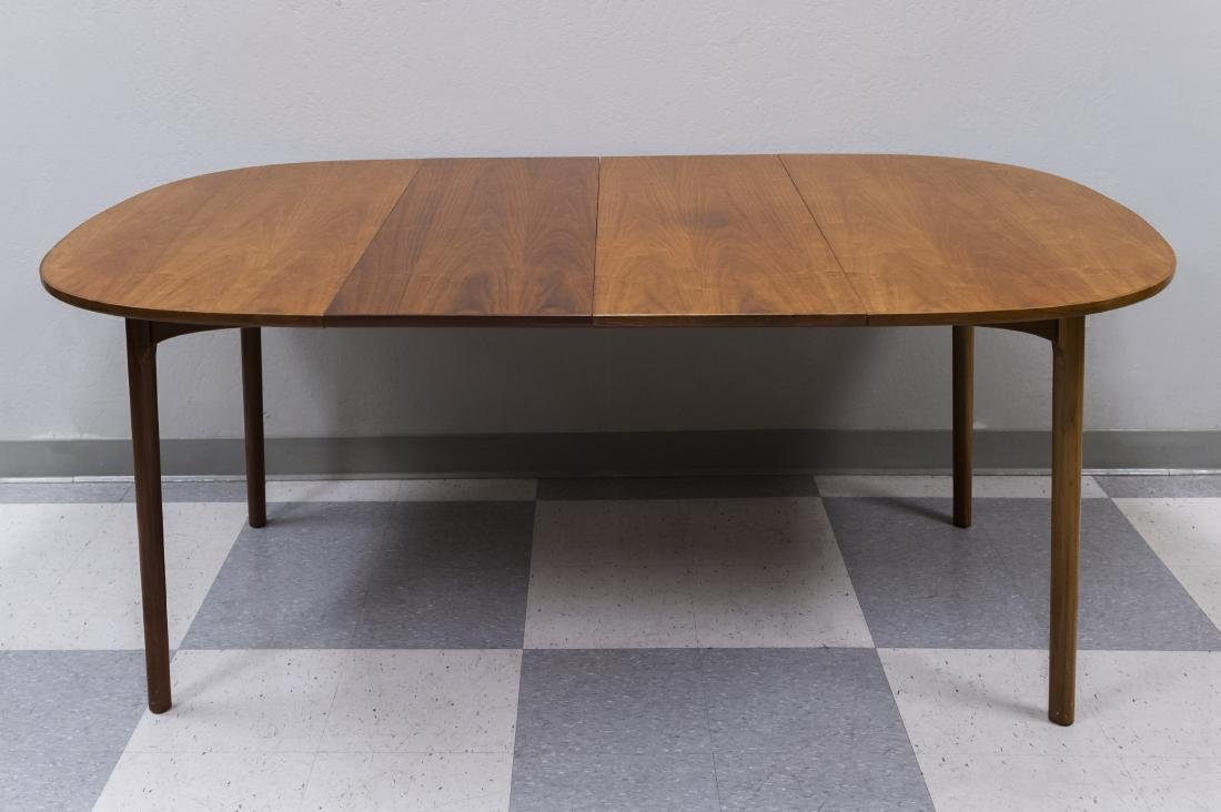 Mid 20th C. Modern Dining Table and 4 Chairs. - 3