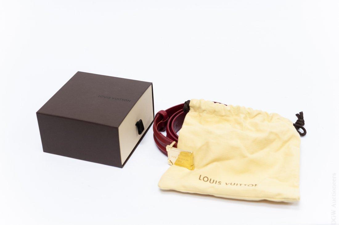 Louis Vuitton Leather Belt. - 7