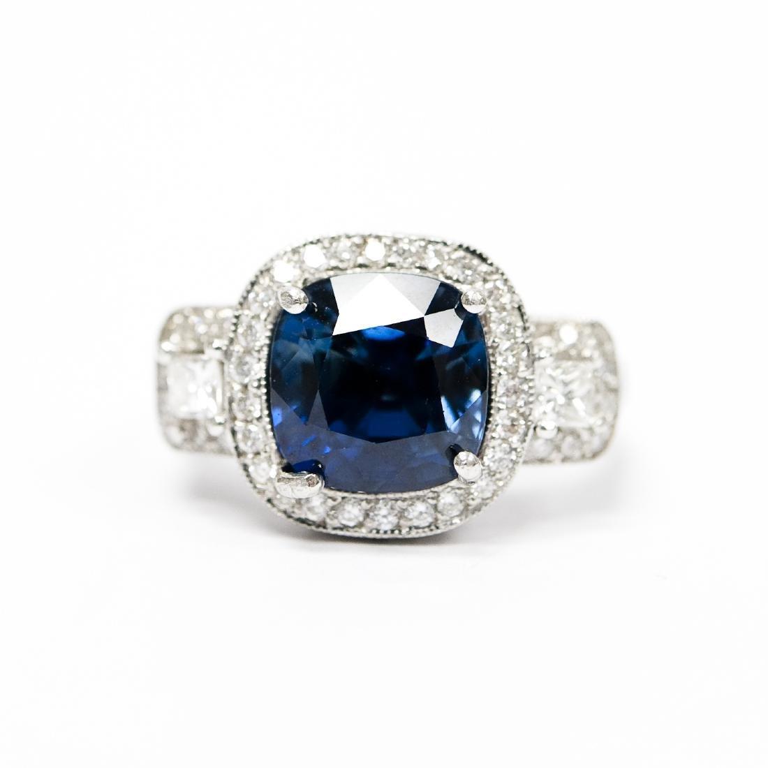 Ladies Platinum, Diamond and Sapphire Ring. - 4