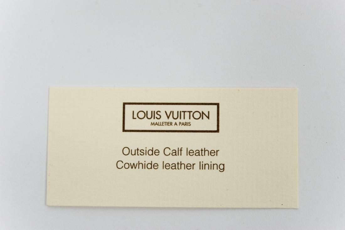 Louis Vuitton Ladies' Black Leather Belt. - 10