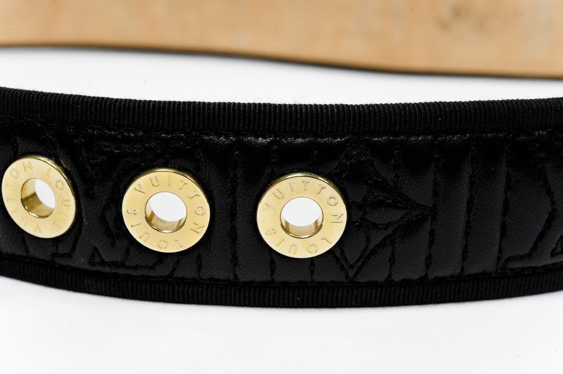 Louis Vuitton Ladies' Black Leather Belt. - 7