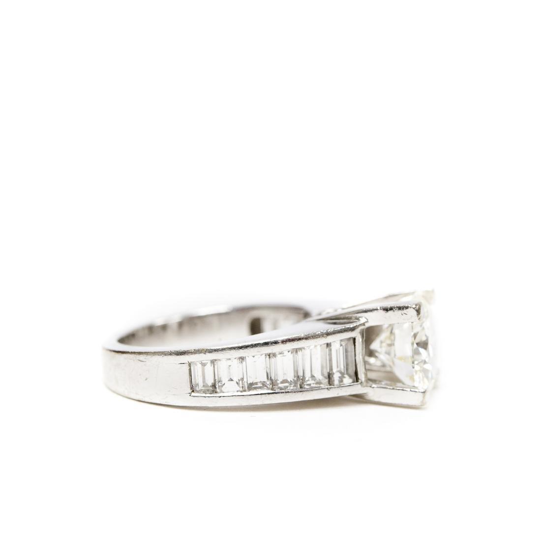 18K White Gold & Diamond Ring. 2.17 ct Center Diamond. - 4