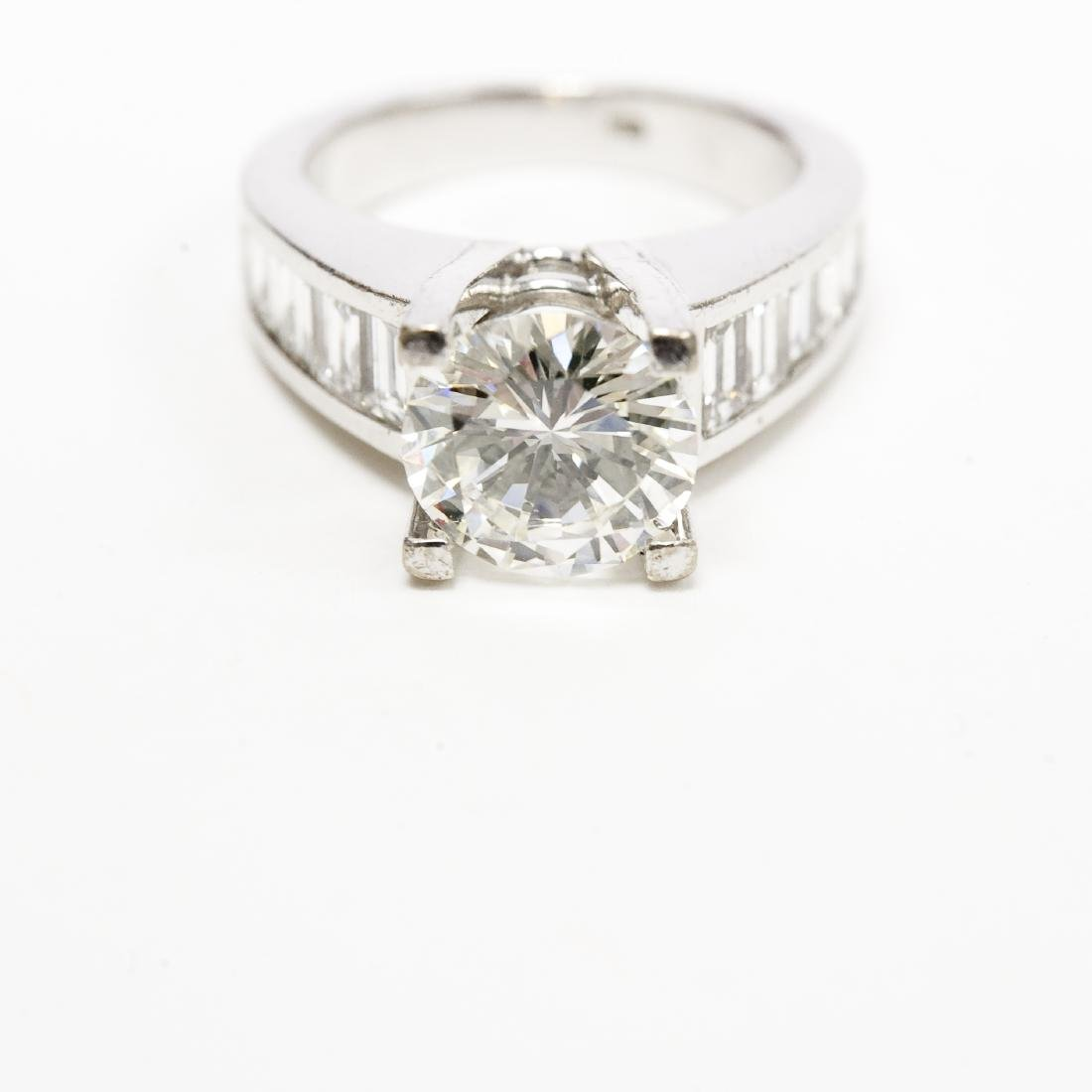18K White Gold & Diamond Ring. 2.17 ct Center Diamond. - 8