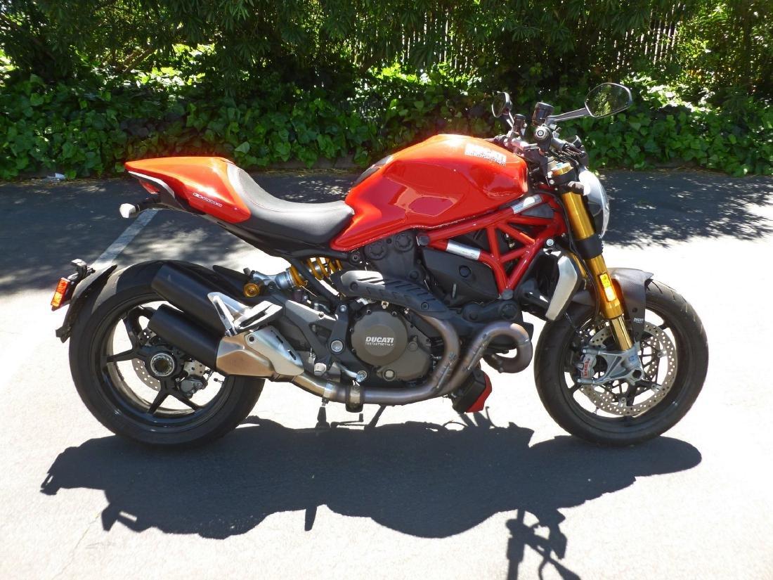 2014 Ducati Monster 1200S Motorcycle. - 2