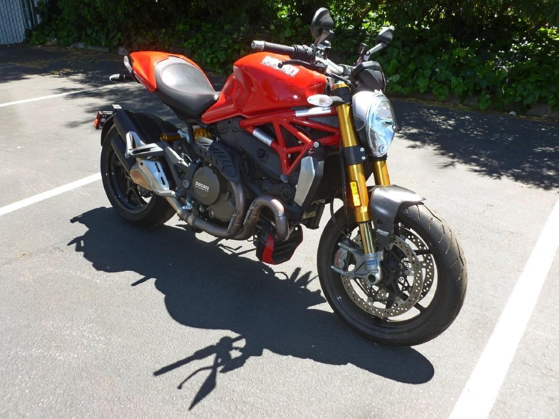 2014 Ducati Monster 1200S Motorcycle. - 3